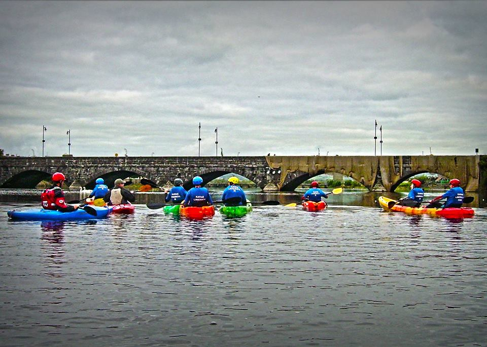 Clare Watersports - Learn to Kayak - Bunratty Castle Kayaking